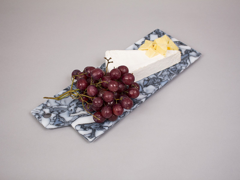 black-marble-with-grapes